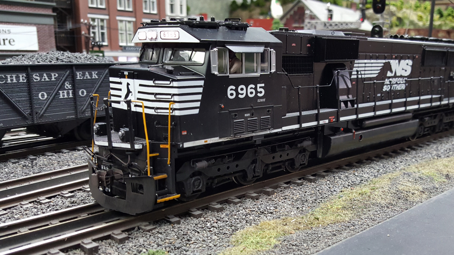 mth proto scale 3 2 3 rail 2 rail conversion o gauge railroading on line forum. Black Bedroom Furniture Sets. Home Design Ideas